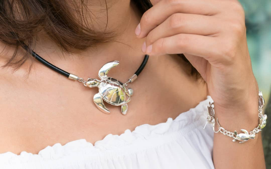 Honu Love – Hawaiian Green Turtle Jewelry