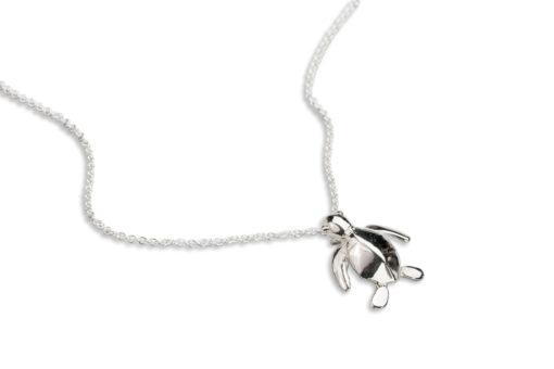 AK honu iki necklace close