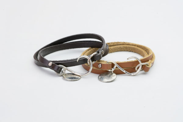 AK barbless circle hook bracelets - 5mm leather