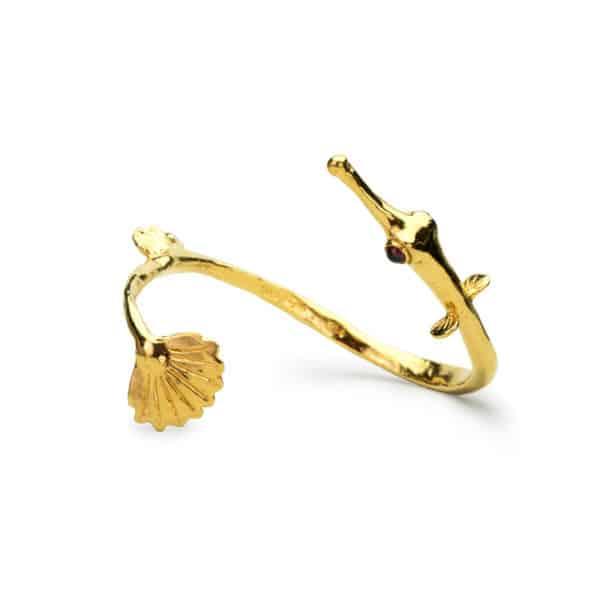 AK pipefish cuff gold I