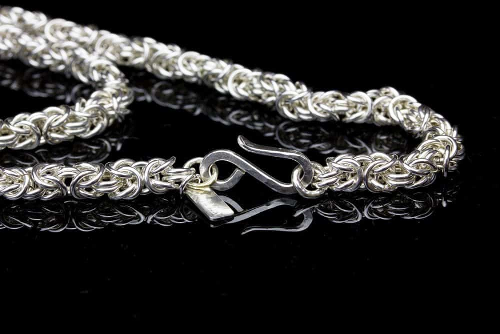 clasp for chain maille