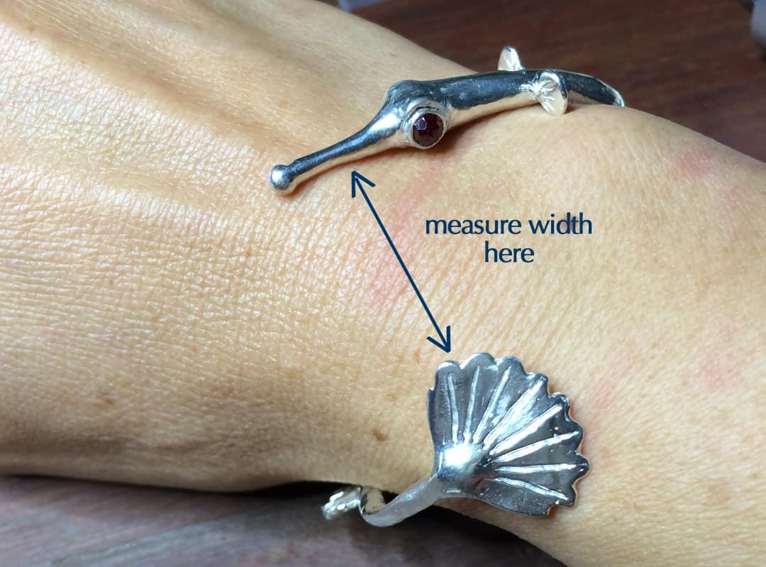 pipefish bracelet width