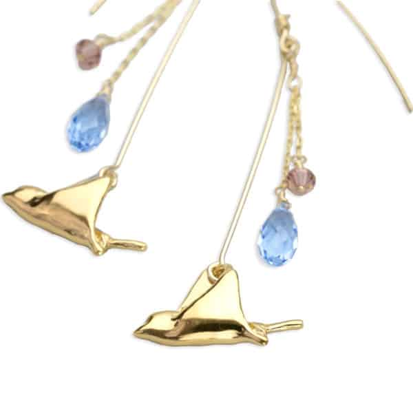 hohonu Petite Spotted Eagle Ray Dangle Earrings gold close