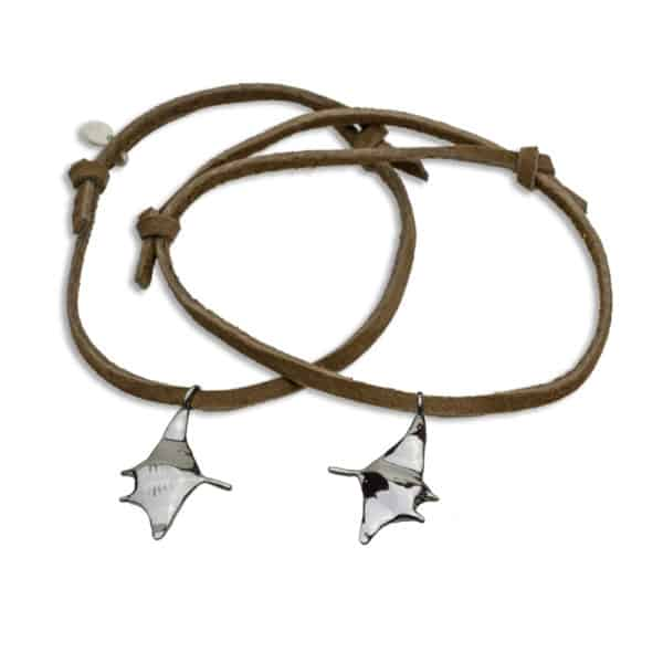 Hohonu adj bracelet manta on brown suede