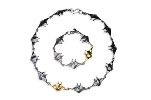manta link necklace + bracelet black&Gold - top