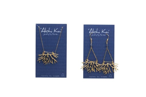 bryozoan necklace and earrings in gold