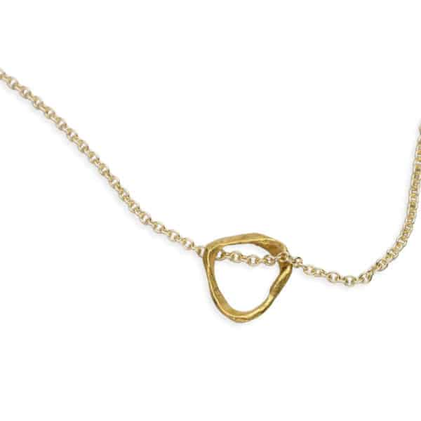 Ola Wai Simplicity necklace Gold close